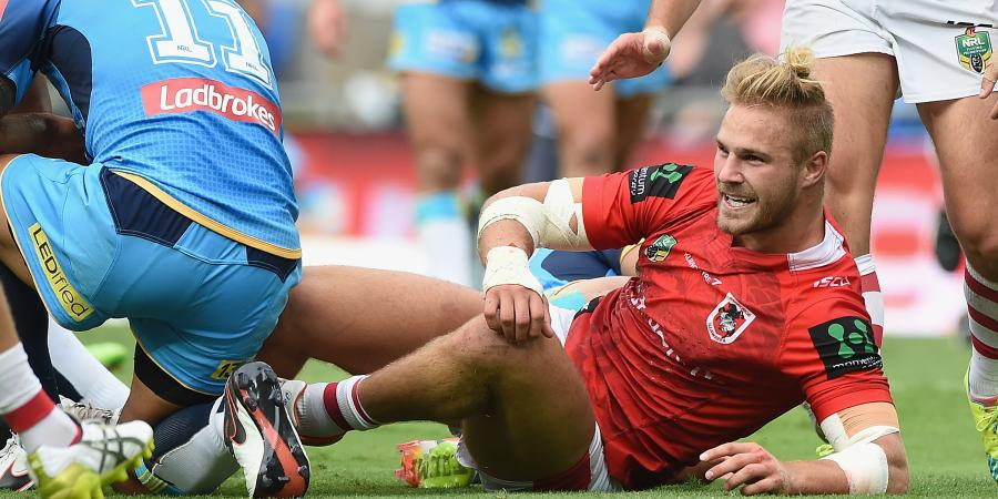 Dragons' De Belin out for six weeks