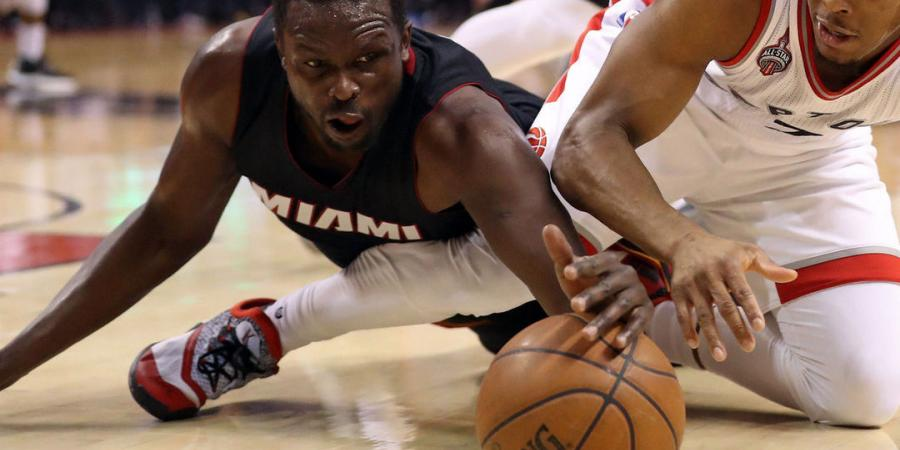 Heat's Deng suffers wrist injury in Game 5, X-rays inconclusive