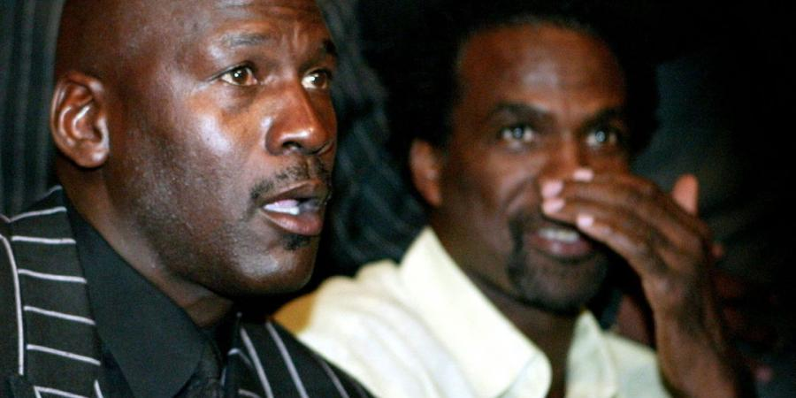 Charles Oakley says MJ doesn't like Crying Jordan meme
