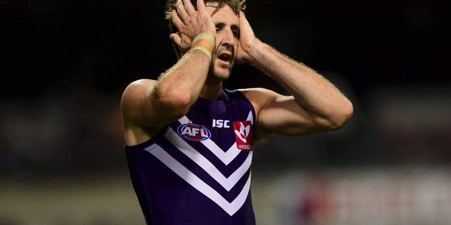 Fremantle axe two AFL veterans