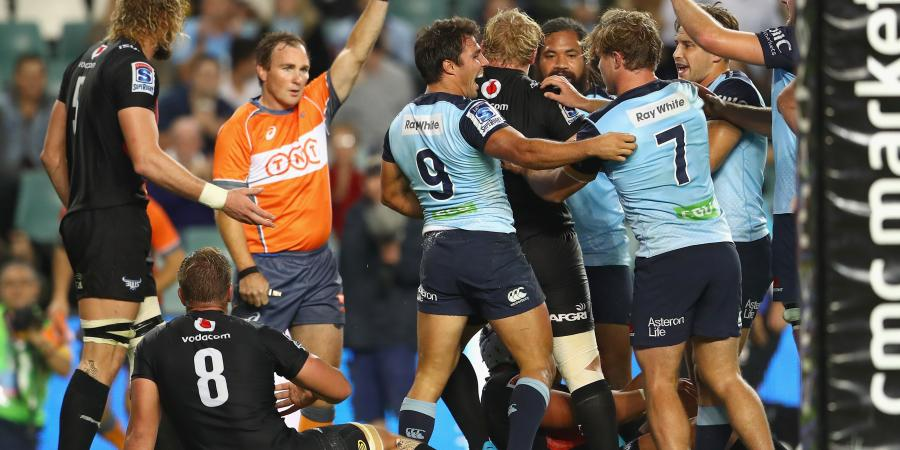 Waratahs go top but lose Beale to injury