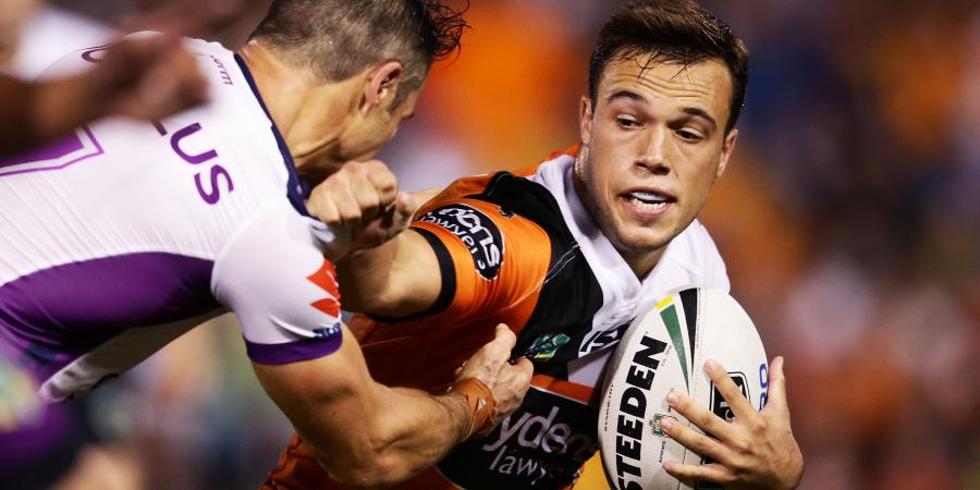 Brooks fires Tigers past Knights