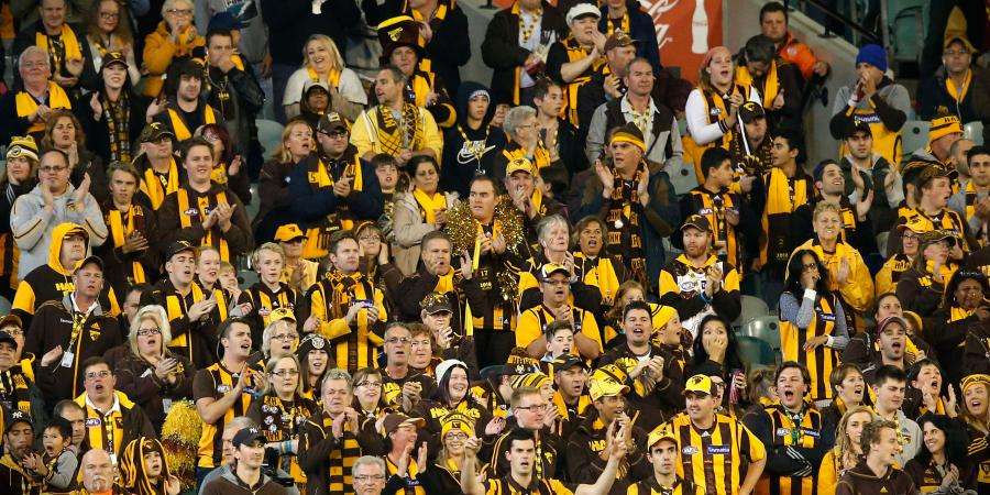 MCG fans pay tribute to Hawk Roughead