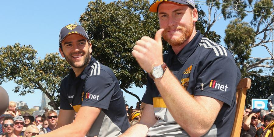 Roughead supporting Hawks from sidelines