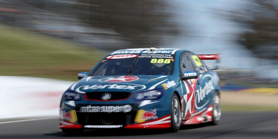 V8's: Rough start for Lowndes/Richards on the mountain