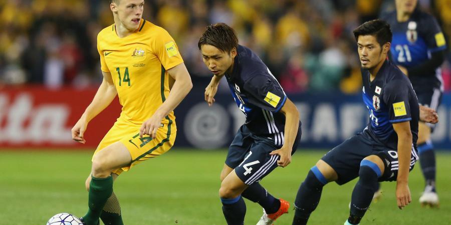 Defensive Japan surprise Socceroos
