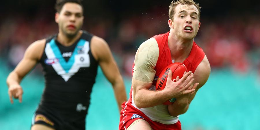 Hawks swoop on Swans AFL star Tom Mitchell