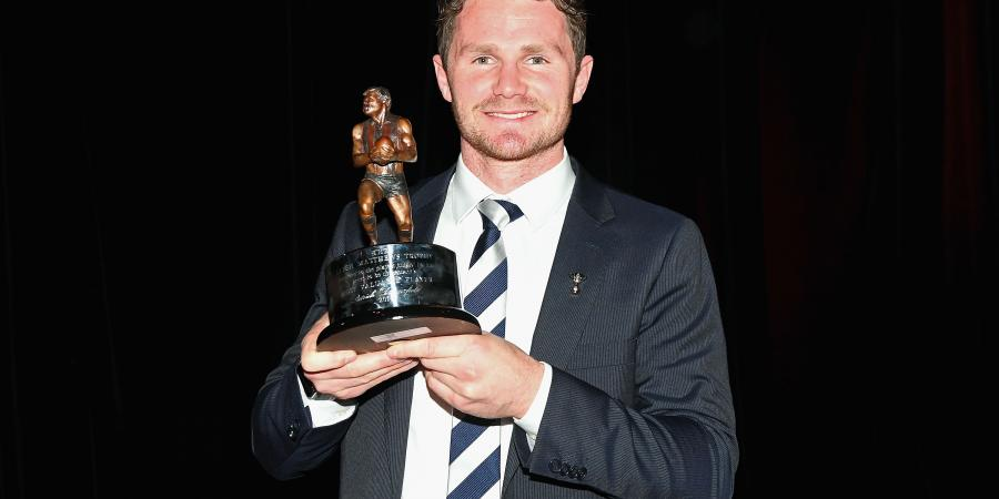 Dangerfield dominates AFL award