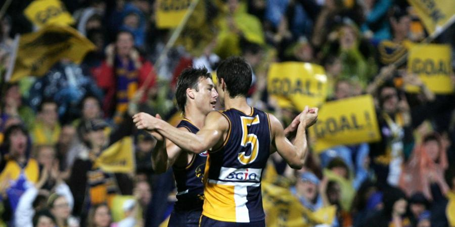 2006 Rewind: Eagles Crush Dogs, Now For Crows