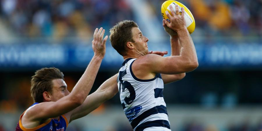No surf ban for Geelong AFL team: coach