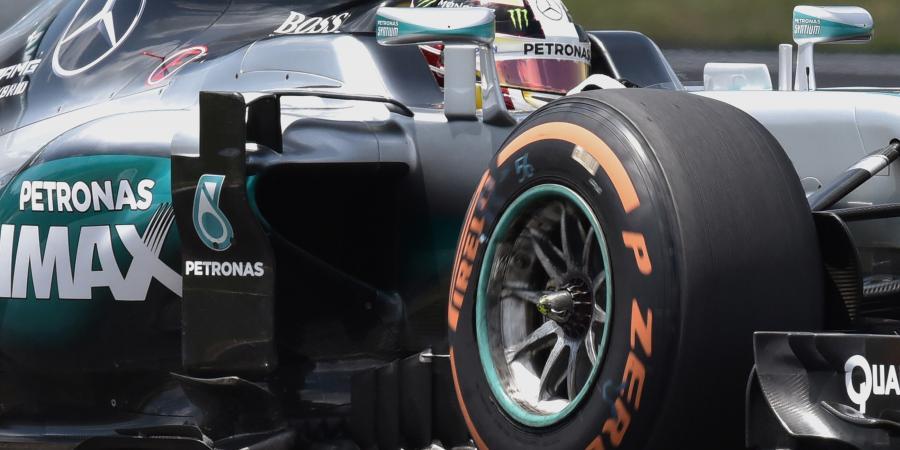 F1: Malaysia FP2 - Hamilton rises to the top
