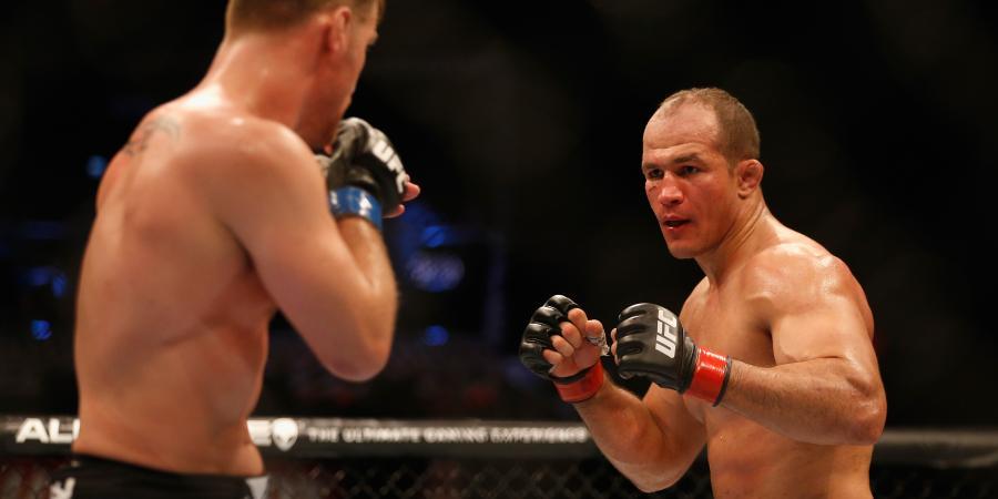 Dos Santos Looks to Reclaim UFC Heavyweight Gold